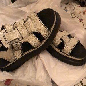 Doc martens chunky sandal thick VSCO distress 90s